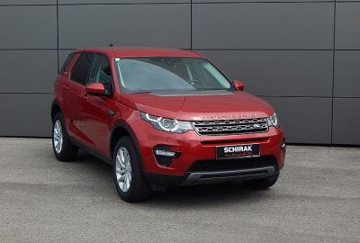 Land Rover Discovery Sport 2,0 TD4 4WD SE bei Landrover Schirak KG in